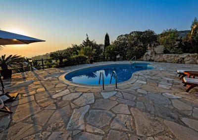 Backyard Swimming Pool Design in Scottsdale